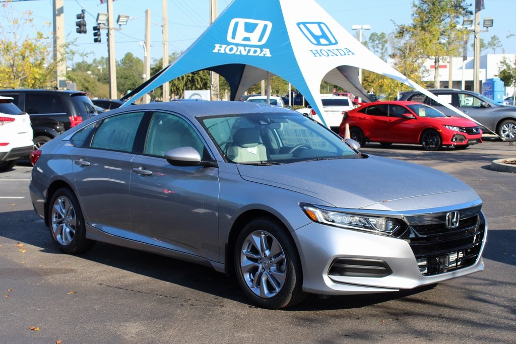 New 2018 Honda Accord LX