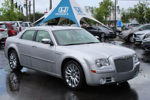 Pre-Owned 2009 Chrysler 300C Heritage Edition